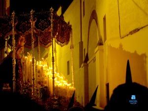 Virgen del Rocio entrando en la calle Santiago desde Cardenal Cervantes. Lunes Santo de 2008